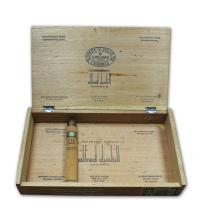 Lot 147 - Romeo y Julieta Cedros de Luxe No.3