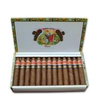 Lot 245 - Romeo y Julieta Petit Piramides