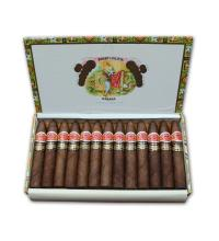 Lot 246 - Romeo y Julieta Petit Piramides
