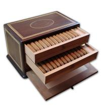 Lot 304 - Romeo y Julieta Replica Humidor