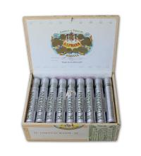 Lot 30 - H. Upmann Coronas Major