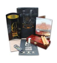 Lot 375 - San Cristobal 500th anniversary gift set