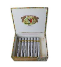 Lot 96 - Romeo y Julieta Churchills