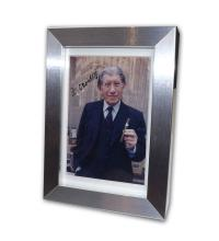 VIN2204 - Davidoff Signed photograph -